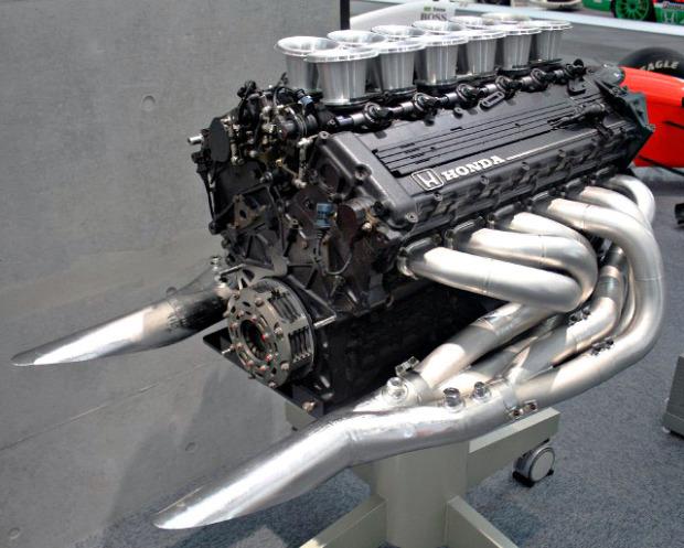 Honda_RA121E_engine_Honda_Collection_Hall-640x514