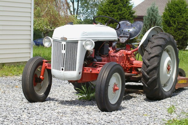 traktors (14)