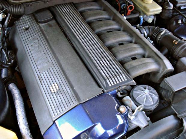 BMW-E36-PC1161005-620x465
