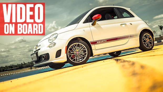 Aceleramos na pista o Fiat 500 Abarth, que chega ao Brasil por R$ 79.300