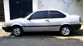 Este Fiat Tempra duas portas muito bem conservado pode ser seu por menos de R$ 9 mil
