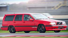 O tijolo mais rápido do mundo: a história das Volvo 850 R e T5-R