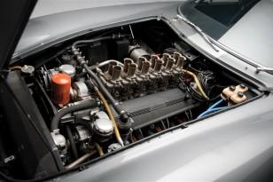1964-ferrari-275-gtb-c-speciale-03-engine