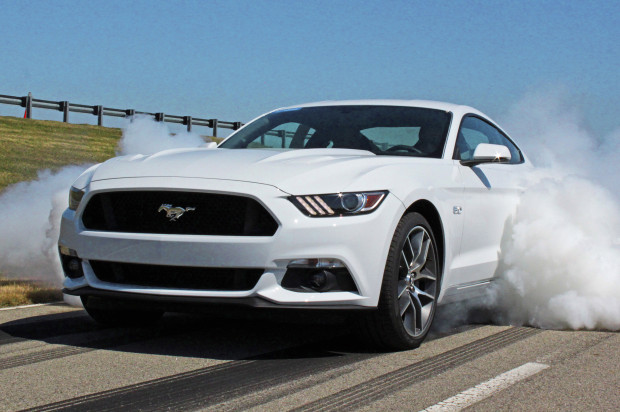 2015-ford-mustang-gt-line-lock-burnout