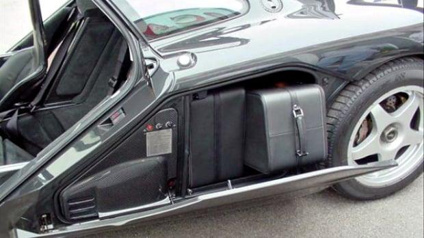Supercar-Luggage-018