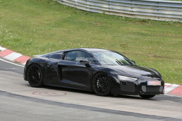 2016-audi-r8-v10-spied-again-this-time-with-less-camo-video_2