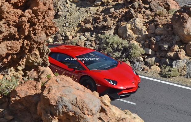 Lamborghini-Aventador-SV-9