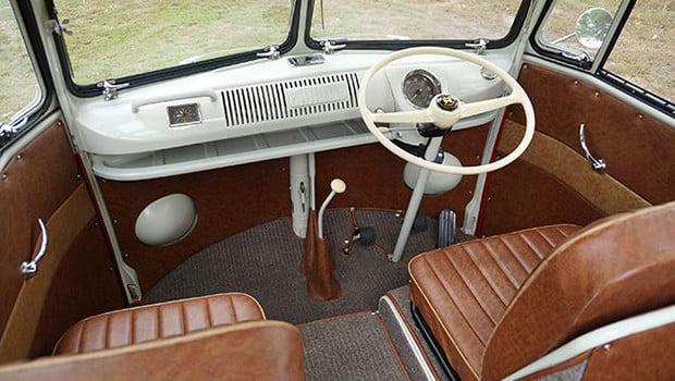 1960-volkswagen-kombi-23-window-samba-bus-rhd-2