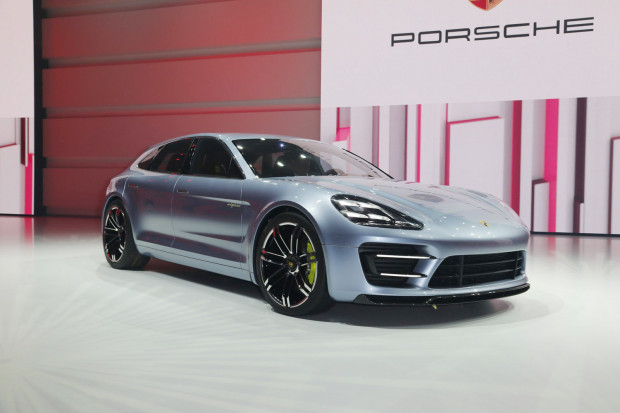 Porsche-Panamera-Sports-Turismo-11