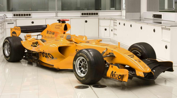 Team-McLaren-Mercedes-MP4-20-in-orange-livery