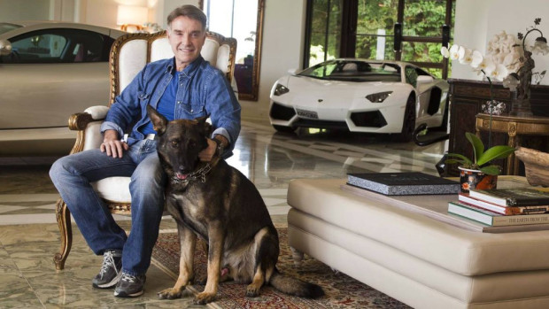 Polícia Federal apreende Lamborghini Aventador, Porsche Cayenne e mais quatro carros de Eike Batista