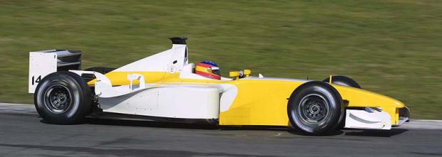 f43d010-renault-b201-alonso-barcelona-test-2002-1