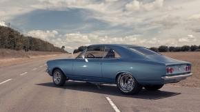 Vai um muscle car brasileiro aí? Este Chevrolet Opala V8 350 com preparação de primeira está à venda