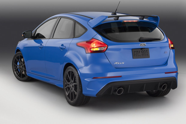 2016-Ford-Focus-RS-3-620x413