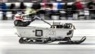 """Motos, carros e trenós a jato acelerando na """"Bonneville"""" de gelo: a insanidade do Speed Weekend on Ice"""