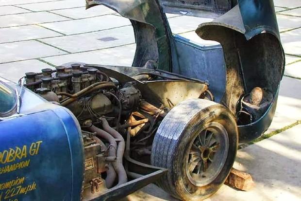 carros-de-corrida-abandonados (11)
