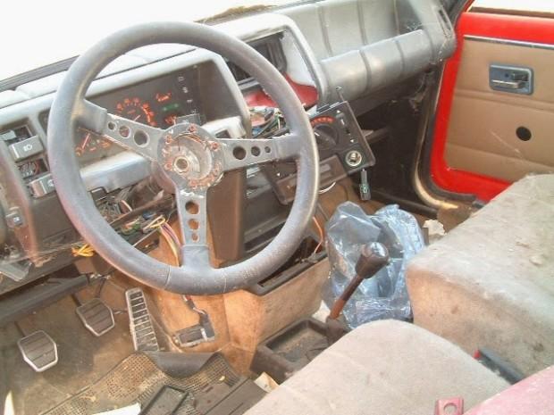 carros-de-corrida-abandonados (24)