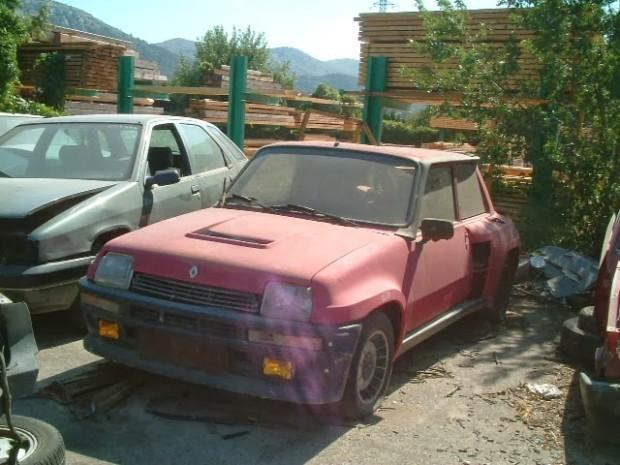 carros-de-corrida-abandonados (25)