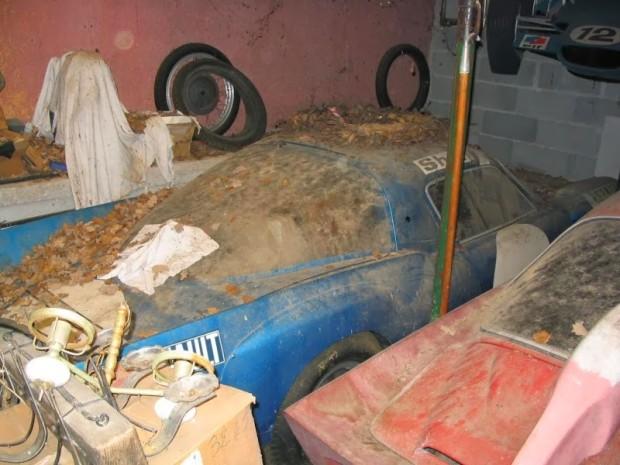 carros-de-corrida-abandonados (37)