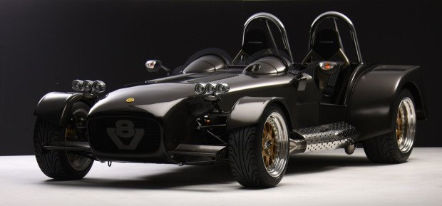 caterham_rs_v8_levante_1