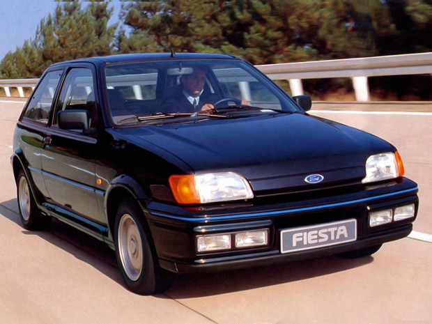 ford_fiesta_xr2i_1
