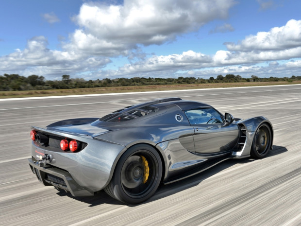 hennessey_venom_gt_world_speed_record_car_9_1