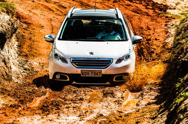 Peugeot-2008-Brasil-13