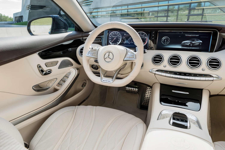 Qual carro tem os bancos mais fod sticos que voc j viu for Mercedes g interno