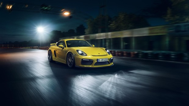 Porsche-Cayman-GT4