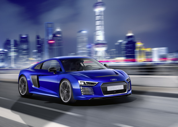 audi-r8-etron-piloted-driving-ces150147-1