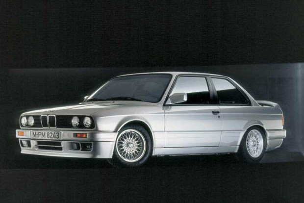 bmw-320is