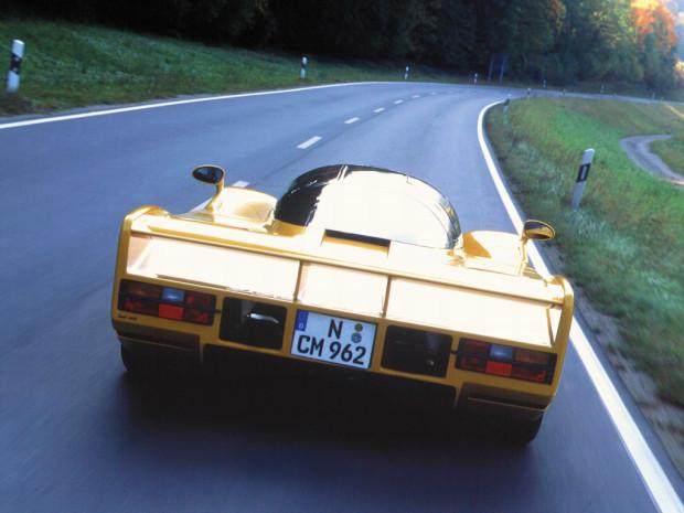dauer_962_lm_road_car_5