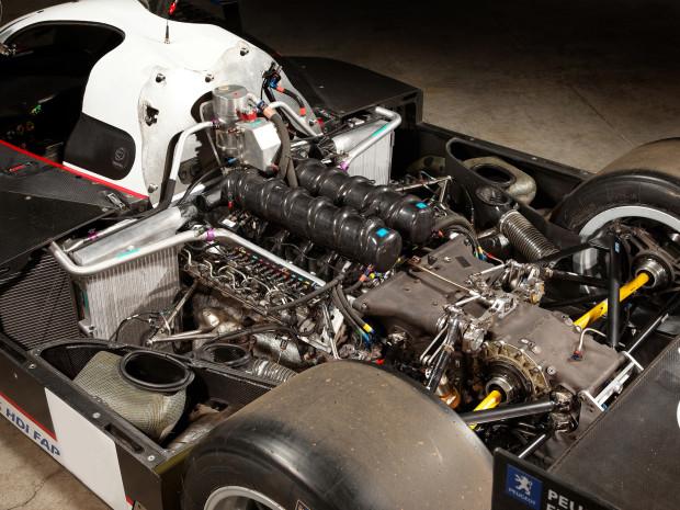 engine-905
