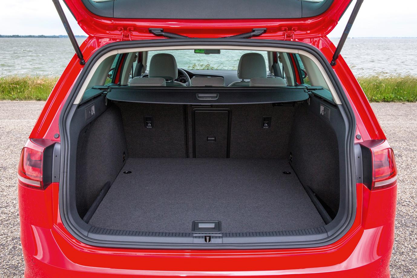 volkswagen golf variant lan ado no brasil com motor 1 4. Black Bedroom Furniture Sets. Home Design Ideas