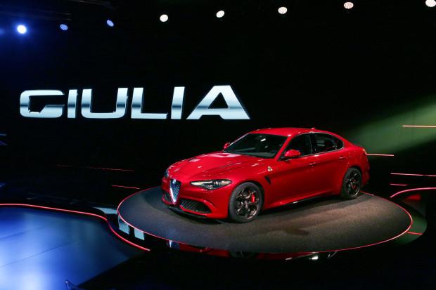 Alfa-romeo_Giulia-6