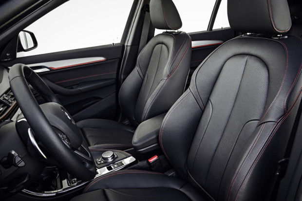 BMW-X1-2016-interior-1