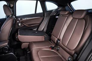 BMW-X1-2016-interior-23
