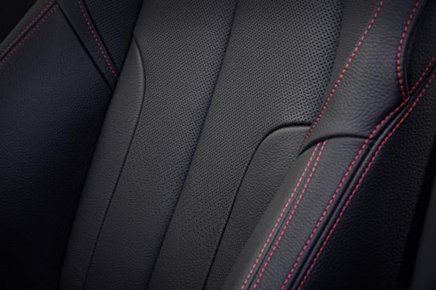 BMW-X1-2016-interior-3