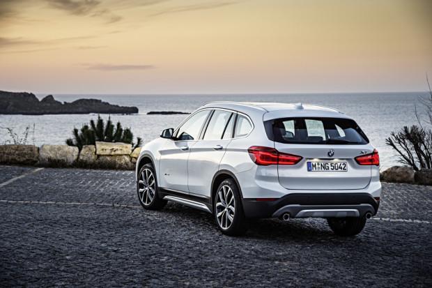 BMW-X1-2016-xDrive20d-16