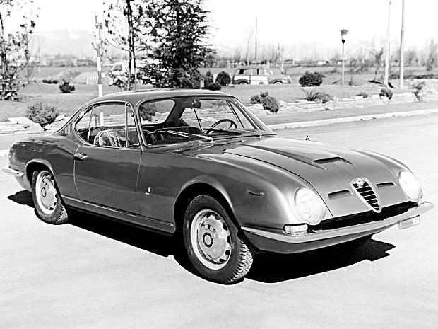 1963_Bertone_Alfa_Romeo_2600_Sprint_HS_01