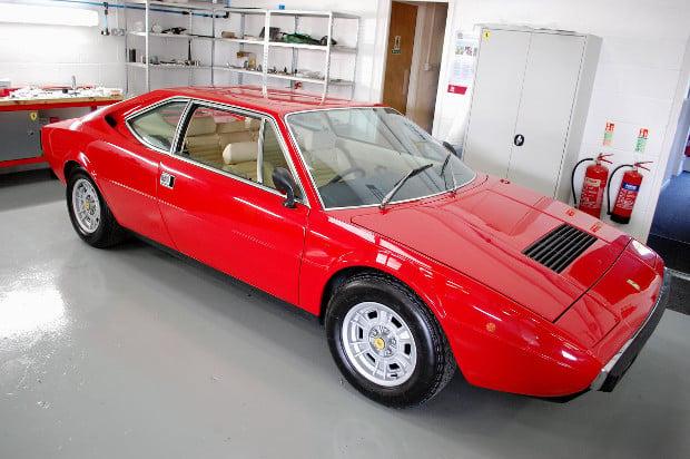 Ferrari-308-GT4