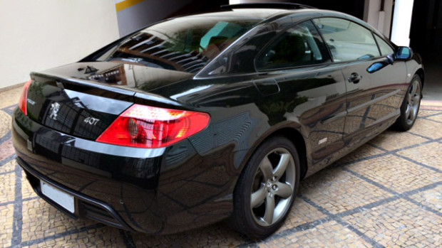 Peugeot-407-Coupe-2