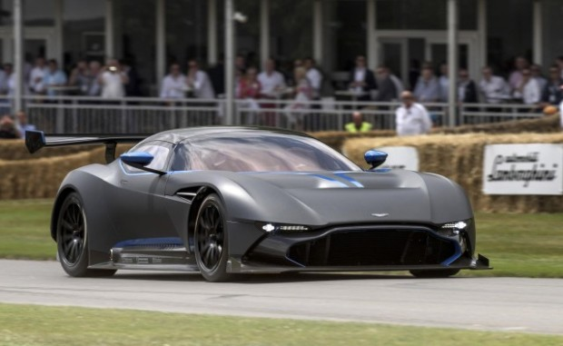 aston-martin-vulcan-2015-goodwood-festival-of-speed_100516678_m