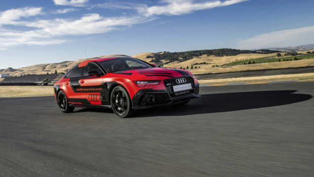 audi-rs7-piloted-robby