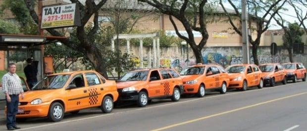 ponto-de-taxi-do-terminal-sant-11671284377748103