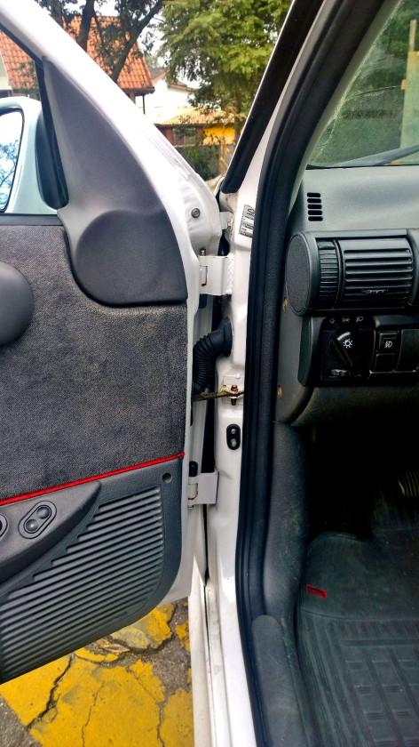 Chevrolet-Corsa-GSi-10