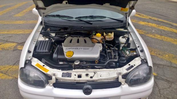 Chevrolet-Corsa-GSi-3
