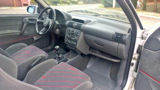Chevrolet-Corsa-GSi-5