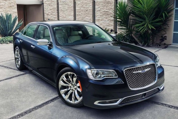 Chrysler-300-05-620x415