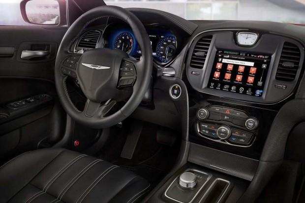 Chrysler-300-12-620x413